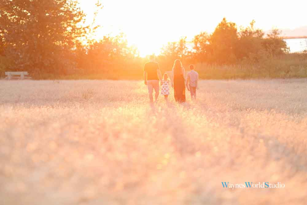 outdoor sunset modern family photography